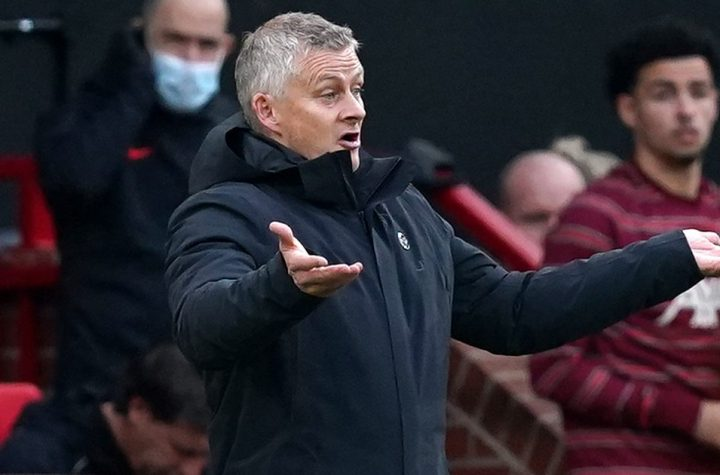 Report: Solskjaer urges 'fight' in dressing room call to arms